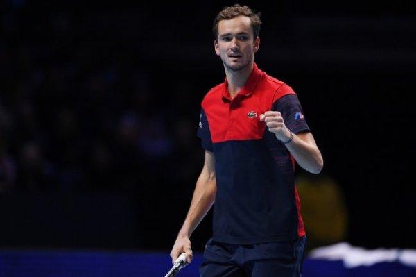 Медведев примет участие в Итоговом турнире года в Лондоне