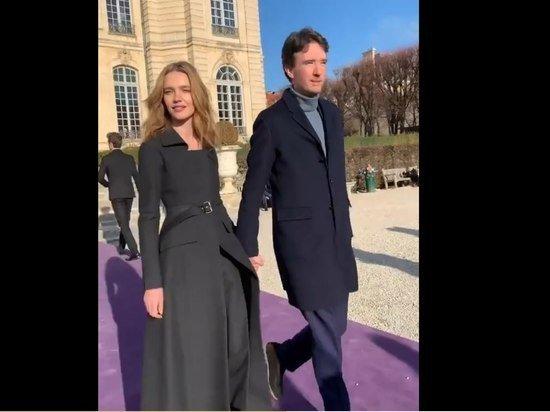 Наталья Водянова расписалась с миллионером Антуаном Арно в парижской мэрии