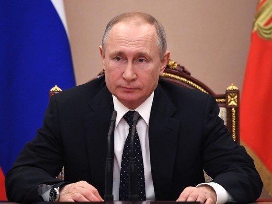 Путин замкнул правительство на себя новым законом
