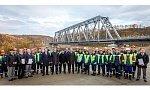 В Мурманской области запущено движение поездов по новому железнодорожному мосту через реку Кола