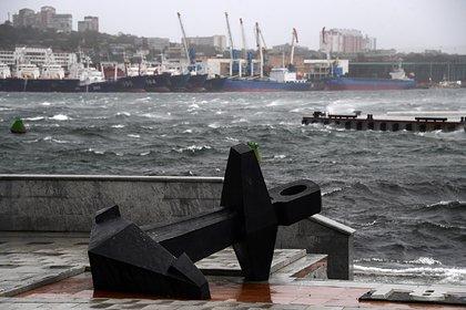 Десятки россиян пострадали из-за мощнейшего за полвека урагана