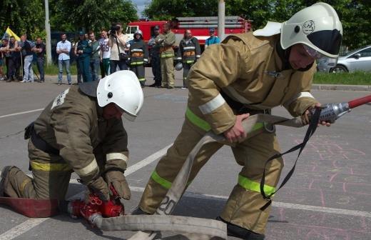 В России запретят использовать пиротехнику на митингах