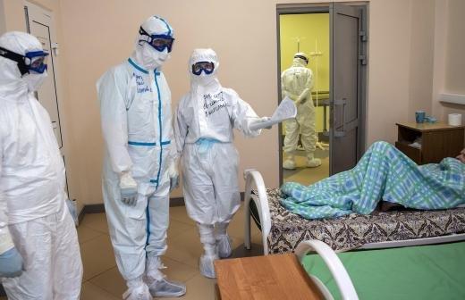 Попова сообщила об успехе испытаний вакцины от COVID-19 «Вектора»