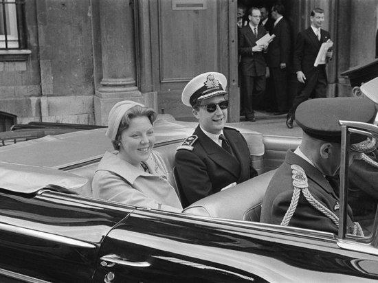 Внебрачная дочь экс-короля Бельгии отсудила титул принцессы