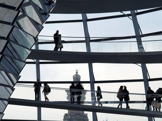 В Бундестаге призвали не допустить «ледникового периода» между РФ и ФРГ