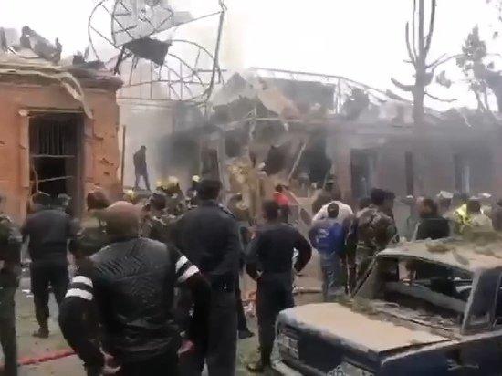 Появилось видео разрушений после обстрела азербайджанского города Гянджа