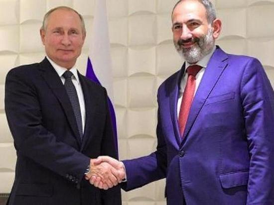 Пашинян пояснил, о чем разговаривал с Путиным