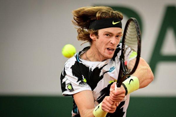 Рублев впервые в карьере войдет в топ-10 рейтинга ATP