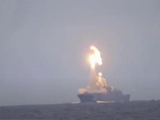 Источник: Россия отработает поражение авианосцев с помощью
