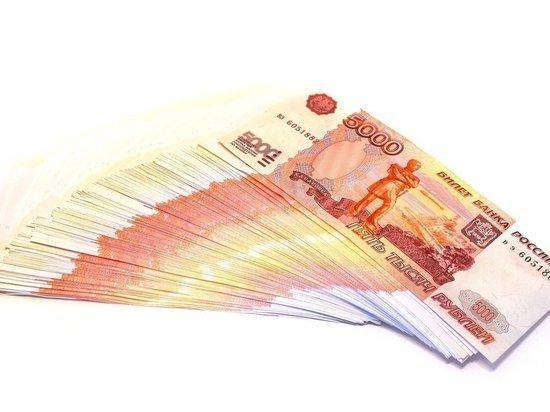Закрыть банковские вклады собралась почти половина россиян