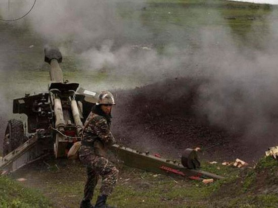 В Ереване сообщили обоях повсей линии соприкосновения вКарабахе