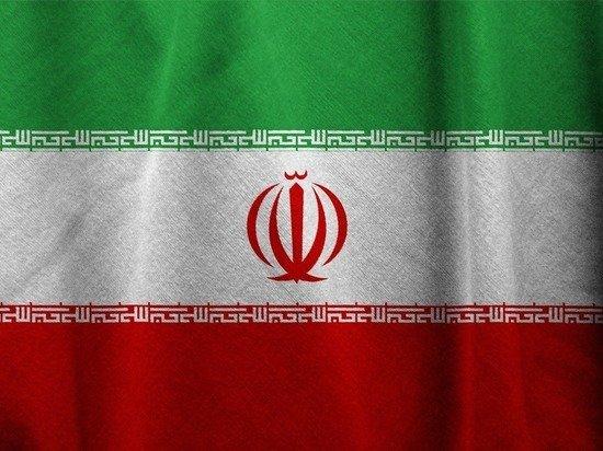Иранские дома пострадали после попадания снарядов из Карабаха