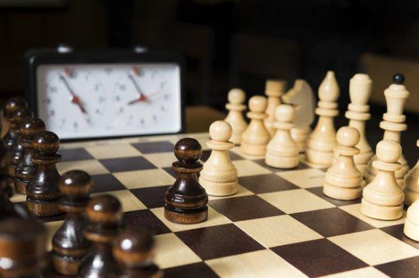 FIDE отложила возобновление турнира претендентов до весны 2021 года