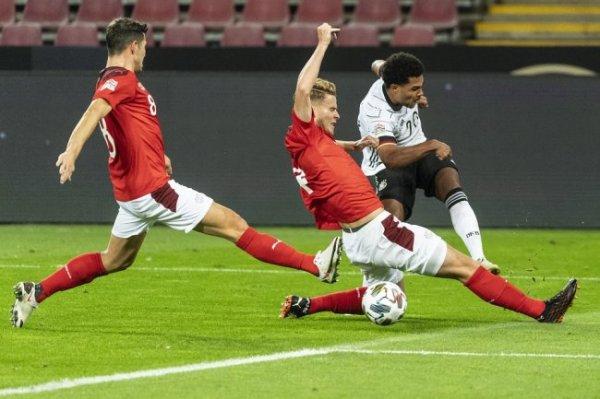 Сборная Германии не смогла обыграть швейцарцев третий матч подряд