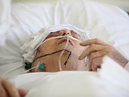 «Был здоров как бык»: родные умерших москвичей напуганы внезапностью коронавируса