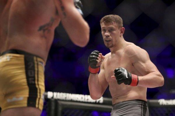 Саид Нурмагомедов и Максим Гришин выиграли бои на турнире UFC