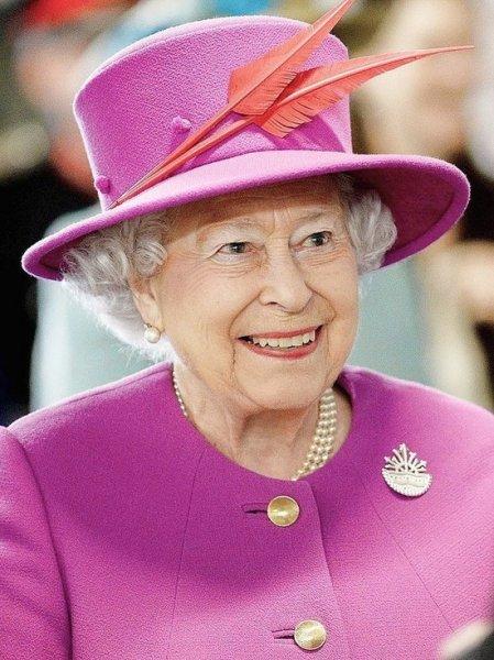 Елизавета II помиловала убийцу, остановившего теракт при помощи бивня