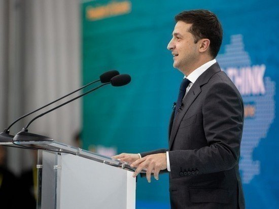 Зеленский объявил о строительстве украинских баз в Черном море