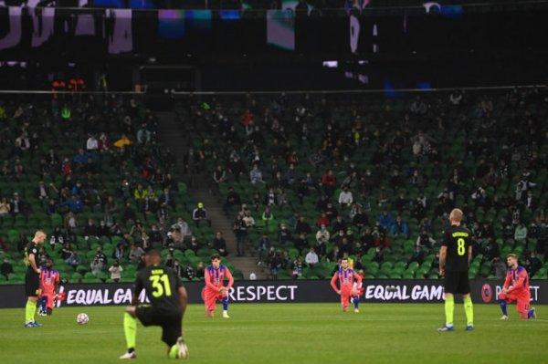 УЕФА отреагировал на отказ игроков