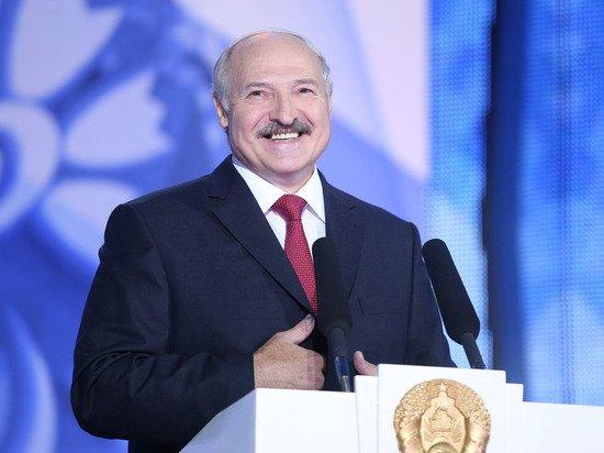 Лукашенко договорился с Путиным стоять спиной к спине и отстреливаться