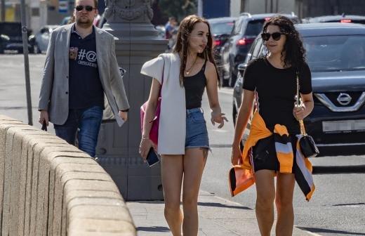Синоптик рассказала об еще одной теплой неделе в Москве