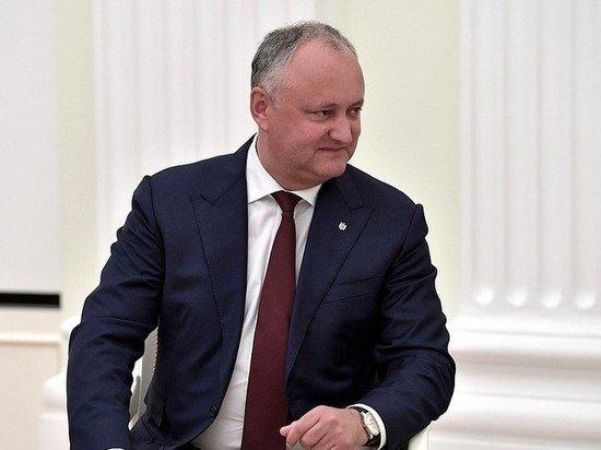 Додон проиграл первый тур выборов президента Молдавии