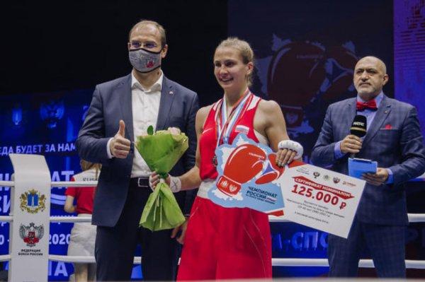 Ульяновские спортсменки завоевали шесть наград ЧР по женскому боксу