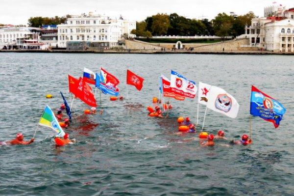 В Севастополе завершен 555-километровый заплыв из Новороссийска