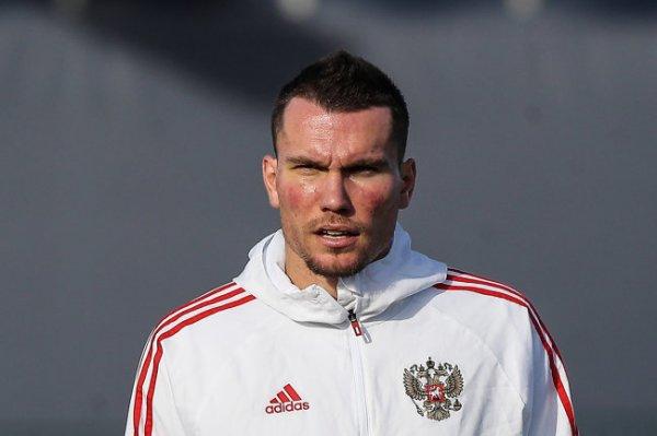 У трех футболистов сборной России подозревают коронавирус
