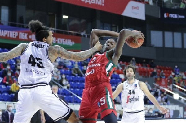 Баскетболисты УНИКСа одолели турецкий