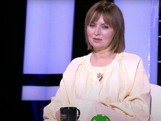 Заслуженная артистка Елена Ксенофонтова госпитализирована с поражением легких