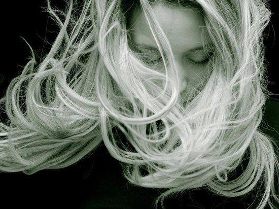 Американцы пожаловались на выпадение волос после коронавируса