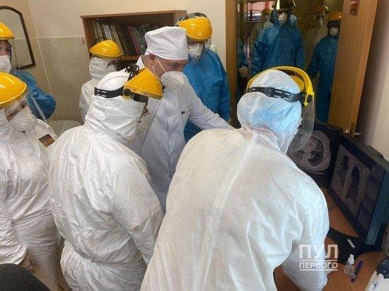 Лукашенко показали легкие больного коронавирусом