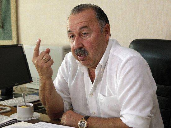 Газзаев потребовал строго наказать инициаторов продажи марок с Гитлером