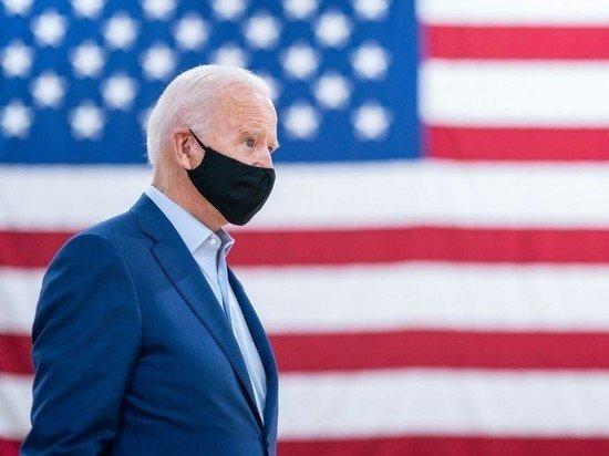 Байден призвал американцев носить маски ради