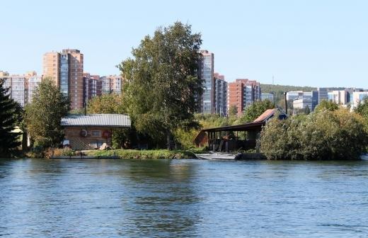Незаконно построенную у Байкала турбазу снесли в Бурятии