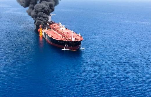 Старпому взорвавшегося танкера «Генерал Ази Асланов» предъявили обвинение