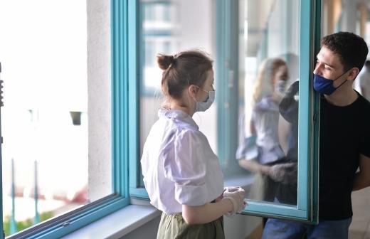 В Москве обнародовали статистику заболеваемости COVID-19 среди учителей