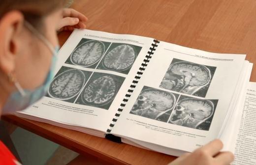 Онкологи назвали скрытые симптомы рака легкого