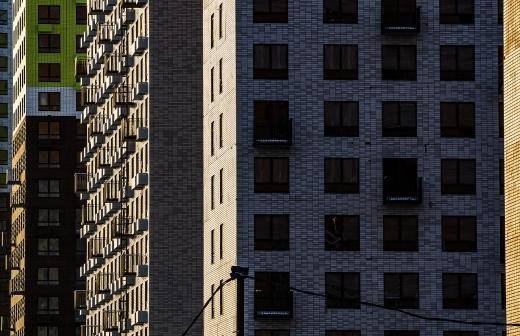 В законопроект о ветхом жилье хотят внести механизм разрешения споров при застройке