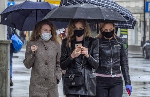 В Новгородской области врача оштрафовали на 50 тыс. рублей за отсутствие маски