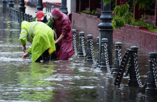 Москвичей предупредили о «погодной гипоксии»