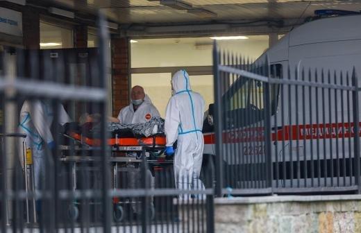 В Москве за сутки скончались 76 пациентов с коронавирусом