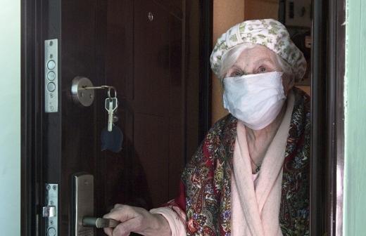 Ветеранов и инвалидов после циклона во Владивостоке обеспечат продуктами и газом