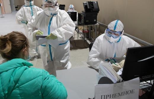 Мурашко допустил завершение пандемии COVID-19 в России в 2021 году