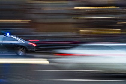 Мужчина попал под колеса БТРа в Петербурге и умер