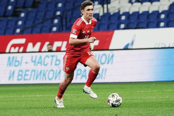 Черчесов рассказал, почему Жирков отказался от капитанской повязки сборной