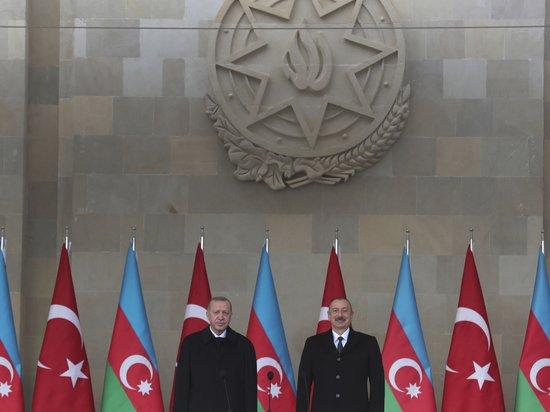 Эксперты оценили парад в Баку: почему Алиев улыбался, а Эрдоган нет