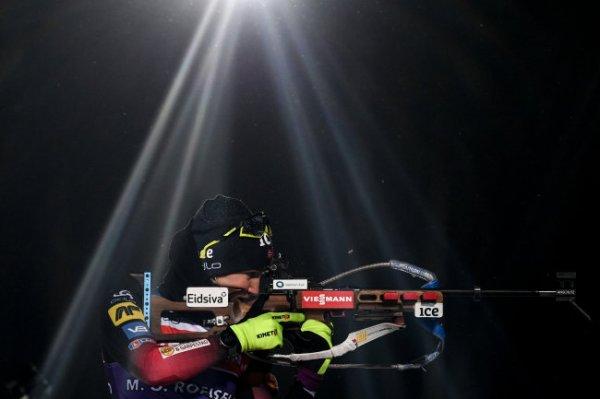 Норвежка Рейселанн выиграла гонку преследования на этапе КМ по биатлону