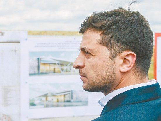 Конституционный суд Украины пригрозил Зеленскому тюрьмой